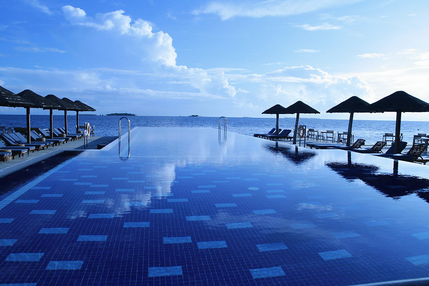 beach-hotel-idyllic-261181.jpg