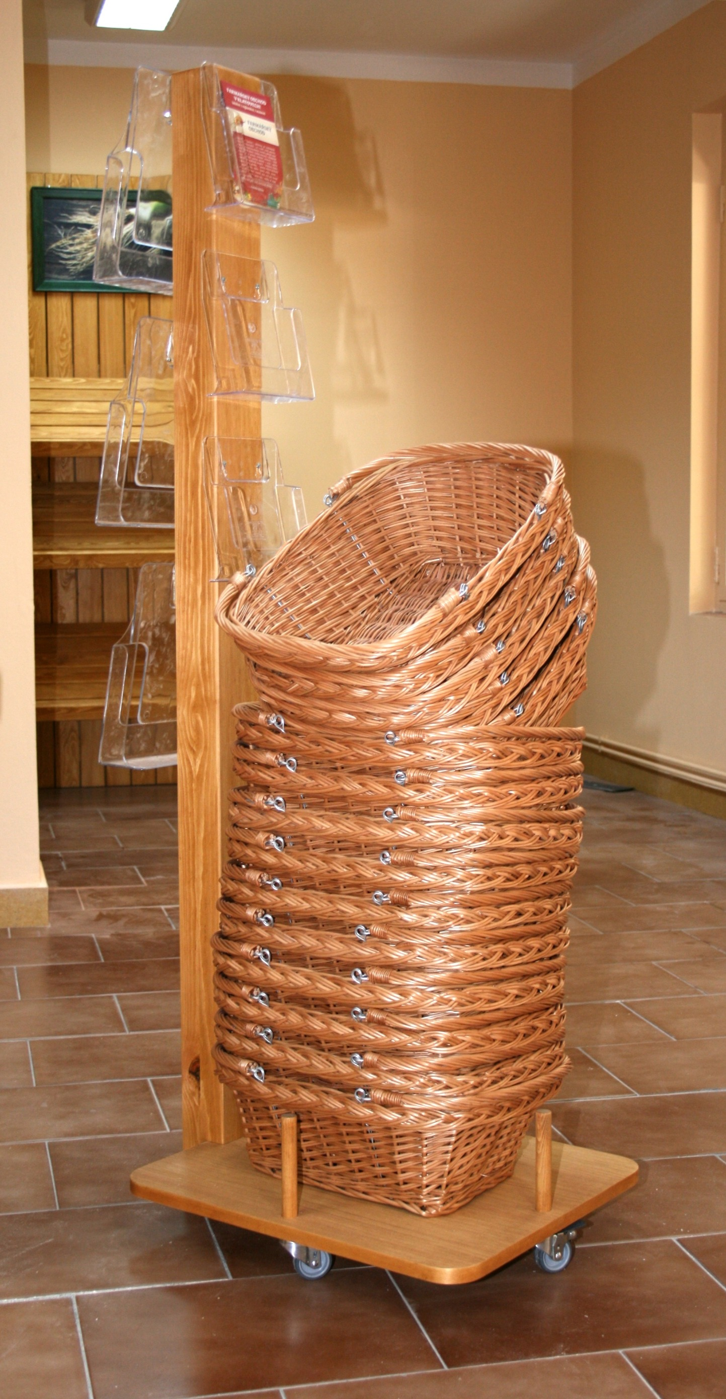 Stand with baskets
