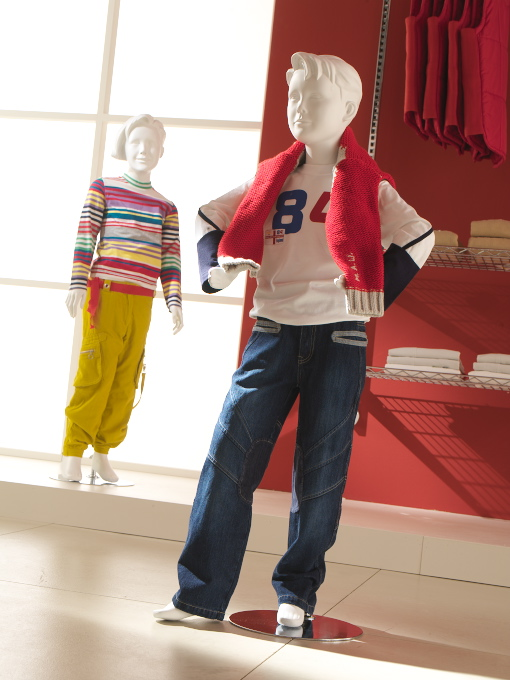 Children mannequins-ark