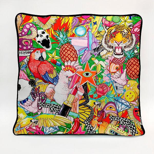 El dio delos tres ilustrador Madrid Barcelona, arte textil