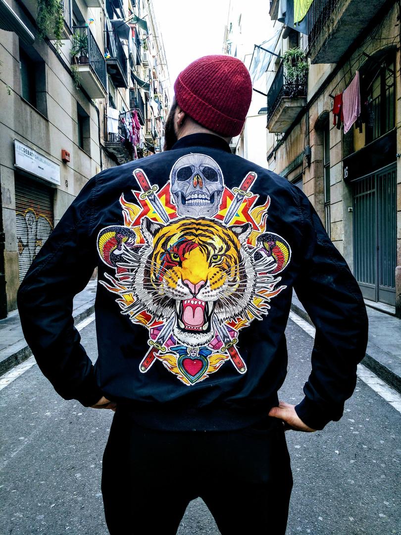 parche-ilustracion-chaqueta-espalda