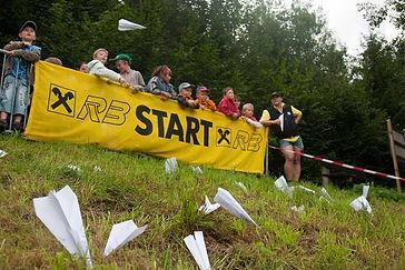 2009 paper air race (20).jpg
