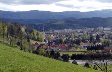 Blick über Stadion auf Trofaiach
