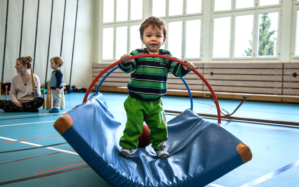 Turnen mit Kleinkindern_Heike Joas First