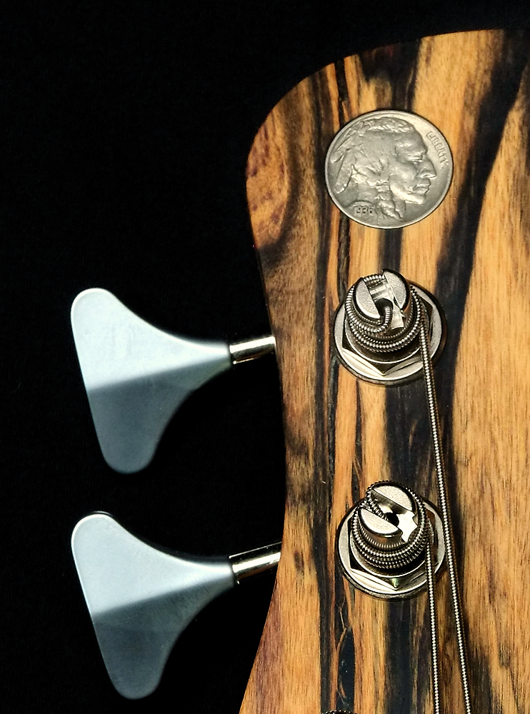NGCo SOC headstock up close