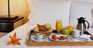 cafe-na-cama-santa-cruz-hotel.jpeg