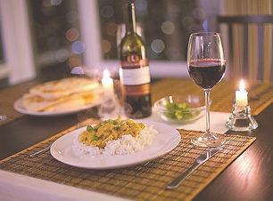 jantar-romantico-em-casa-com-vinho_edite