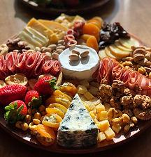 queijos-e-vinho-santa-cruz-hotel_edited.