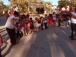 Facebook - Enriquecer el mundo de los niños con espectáculos musicales y de circ