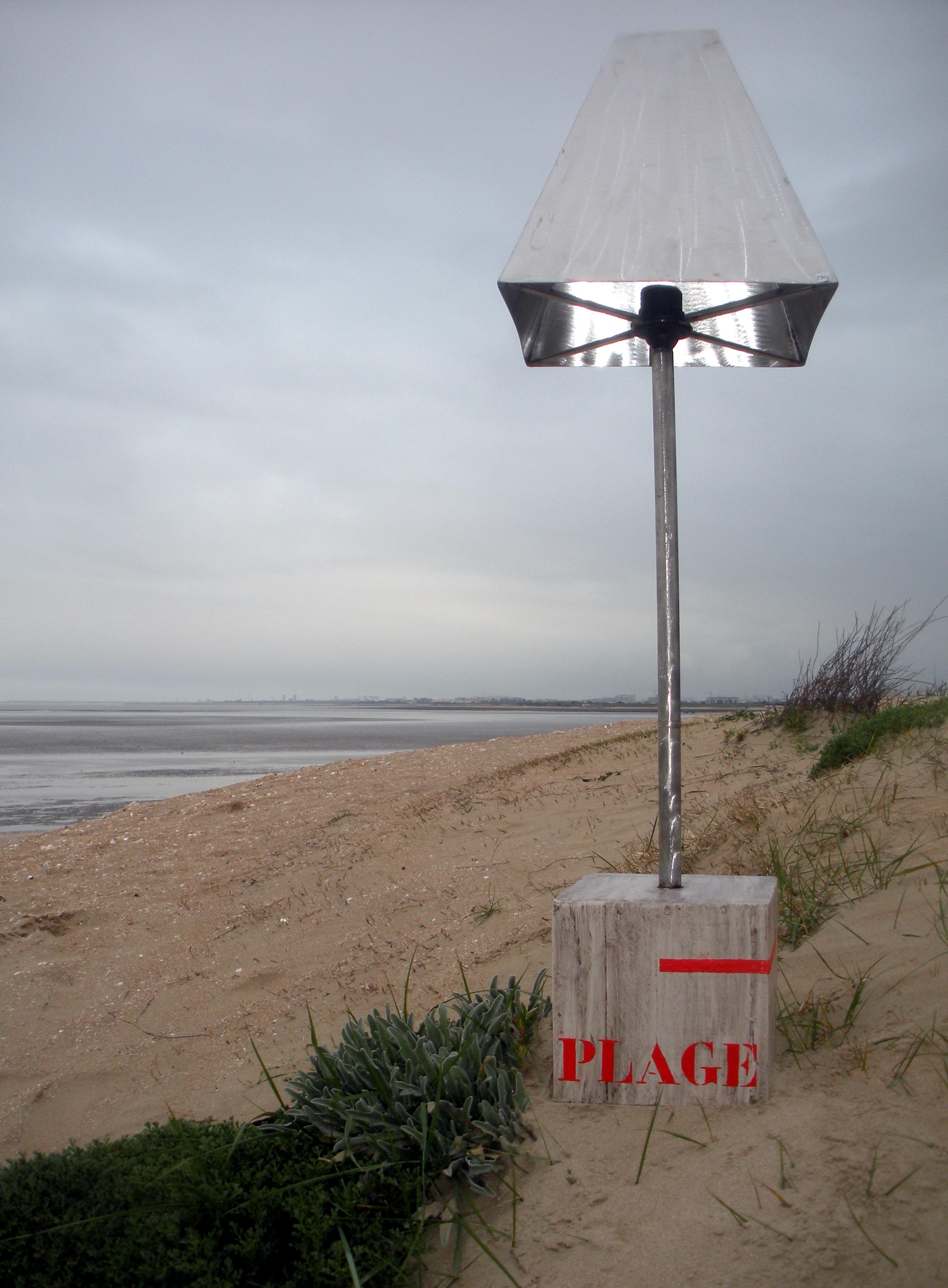 LAMPE PLAGE code LP 1501.jpg