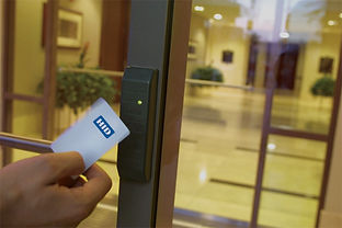 hid_card_reader_3_edited.jpg