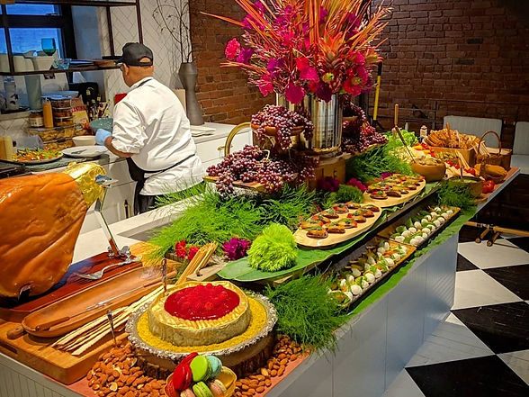 Grazing table, weddings and events.
