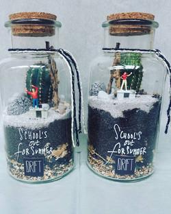 #shoolsoutforsummer #perfectgift #teacher #holidayfeeling #terrarium #cactus #ouestleswimmingpool