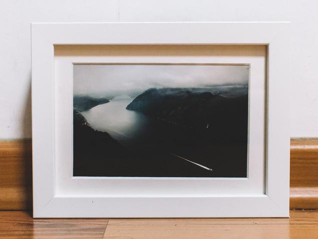 """13 x 18 cm or 5 x 7"""" White Frame"""