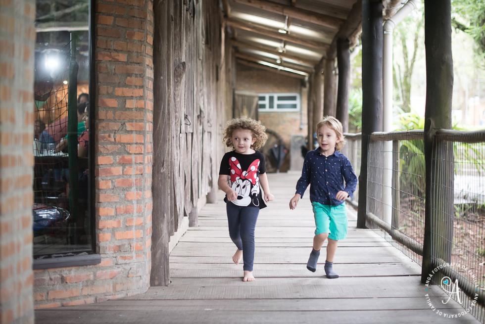 Sofia 1 ano e Gustavo 4 anos-0156.JPG