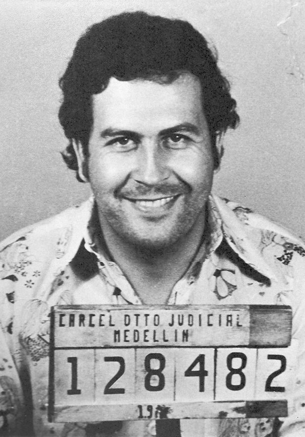 This image shows the notorious drug lord pablo escobar