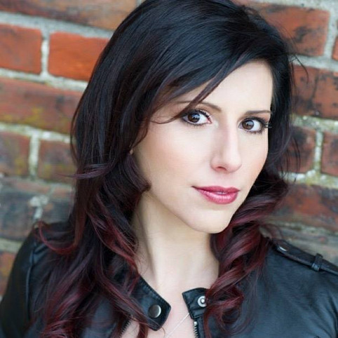Click Welcomes Singer Claudia Mastriana