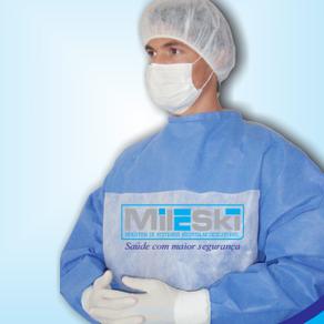 Aplicação de análise de custo / benefício para seleção de aventais e roupas cirúrgicas.