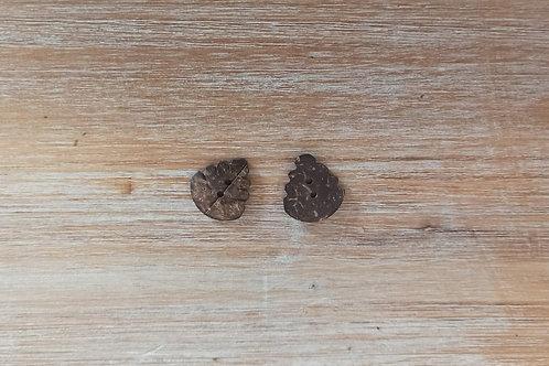 Botón de cáscara de coco marrón con forma de hoja, 2 agujeros - 25 mm