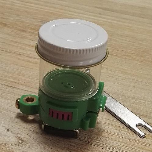 Depósito lubricador de hilo por silicona imantado