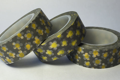 Yellow/White Flower on Silver/Grey 15mm