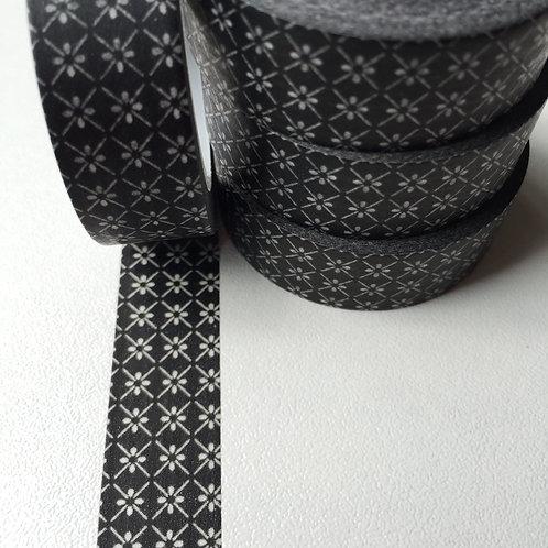 Black Floral Diamond 15mm