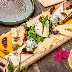Platou epic de brânzeturi