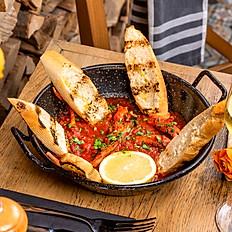 Caracatiță în sos roșu