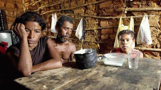"""Bolsonaro: """"fome no Brasil é uma grande mentira"""". Informação é falsa"""