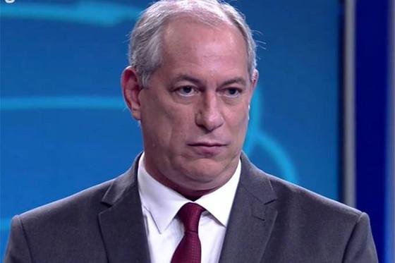 """Ciro Gomes: """"O Brasil tem 760 mil presos, 70% deles jovens pegos com minúsculas quantidades de droga"""