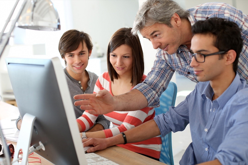 擁有額外的實習經歷, 不僅能為履歷加分, 許多同學也利用在實習期間的優異表現, 畢業後順利留在美國工作。