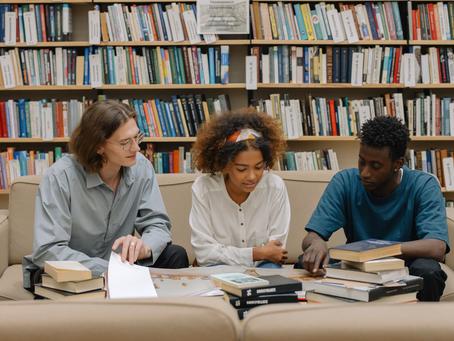 【美國留學怎麼準備】一次搞懂申請時間及文件、學制學費