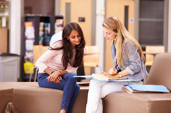想累積工作經驗的同學們, 又有因外國人的身份無法在外申請工作的困擾, 在校園找工作會是你的最佳選擇。