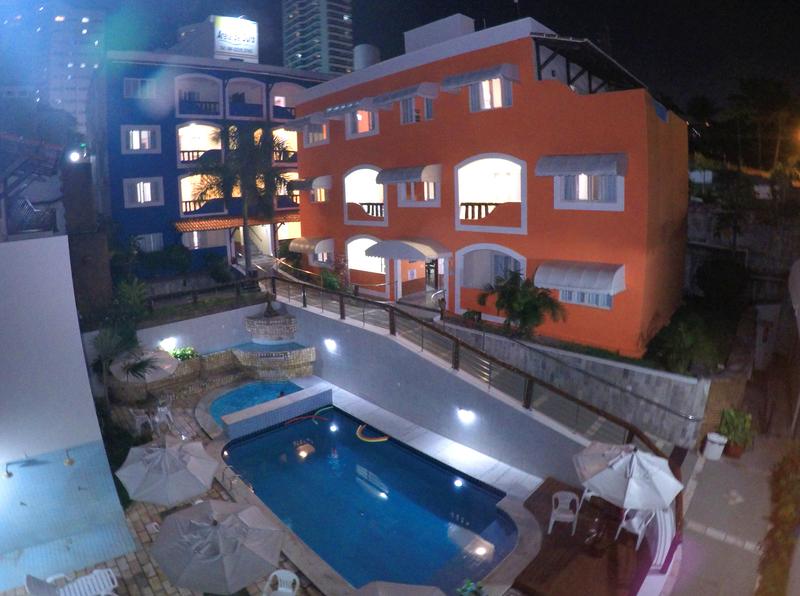 hotel areia de ouro a noite