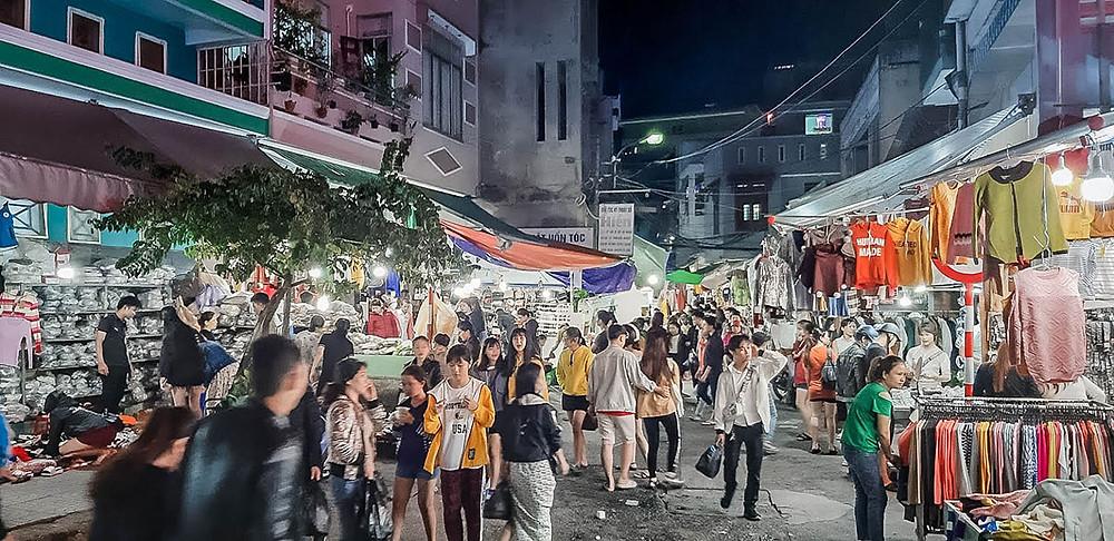 TOP 5 MOST FAMOUS NIGHT MARKETS IN DA NANG