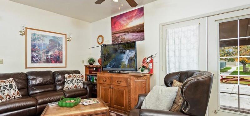 Ladies Living Area