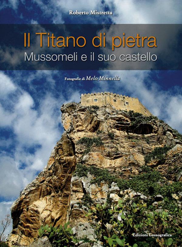 Libro fotografico di Roberto Mistretta su Mussomeli