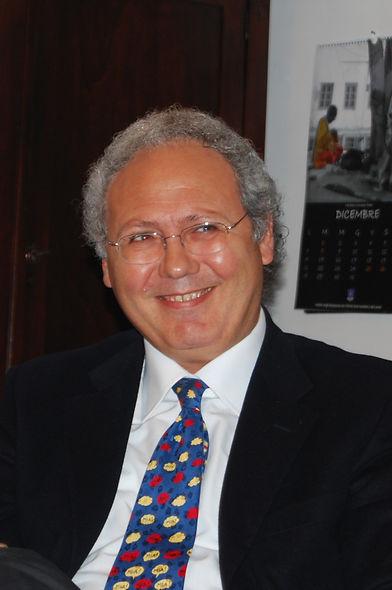 Roberto Mistretta durante un incontro culturale