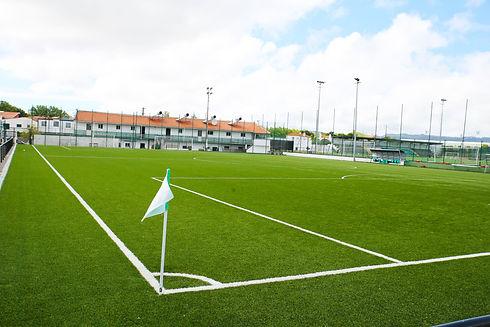 Campo de futebol 7 - vista lateral-min.j
