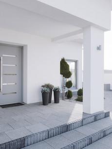 Porta de entada em PVC e Aluminio em mor