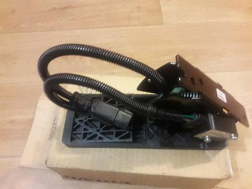 Педаль управления подачи топлива VOE 15166756