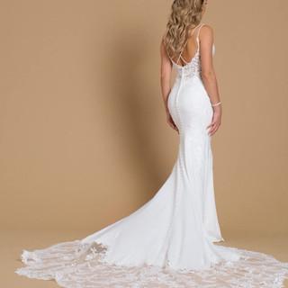 Timesless wedding dresses