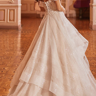 Couture wedding dresses in Illinois