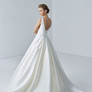 High end bridal shops in wisconsin