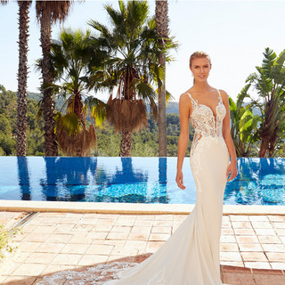 Couture wedding gowns in Chicago