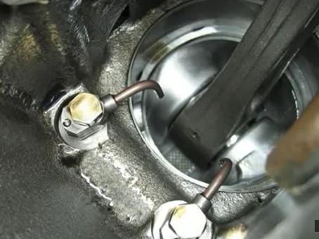 Motor MWM 2.8 - Luz espia do óleo piscando em marcha lenta.