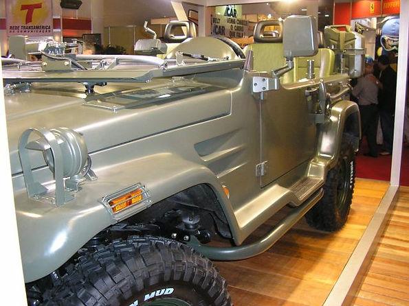 Troller T4-M Militar 2