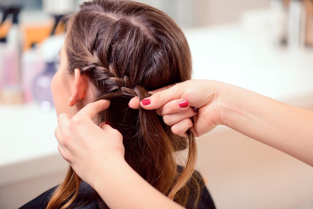 Tuto-coiffure-cheveux-mi-long