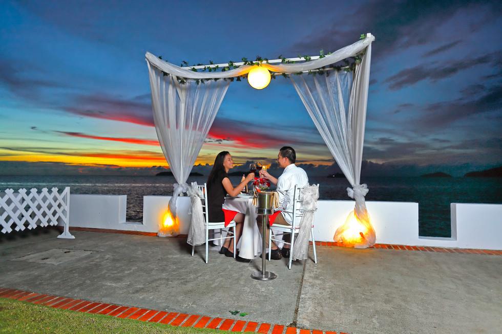 Cabana Moonlight Dinner