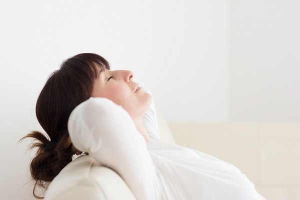 Deep belly breathing: an easy mindfulness exercise for parents
